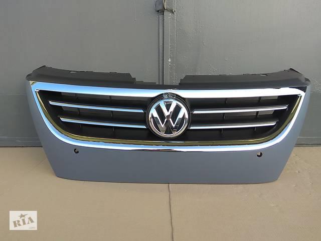 купить бу Решетка радиатора решётка решотка решитка ришетка ришётка ришотка ришитка для Volkswagen Passat CC 2008 -2012 год Италия в Ковеле