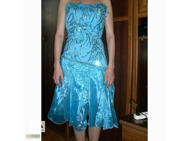 Випускні нарядні плаття б у - Жіночий одяг в Україні на RIA.com 6061839182667