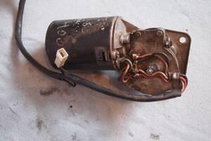 Вживаний моторчик склоочисника для Mercedes 207-410 1988-1995рв на мерседес 207-410 \качка\ціна 1000гр оригінал гарантія