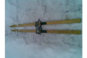 б/в Бігові лижі