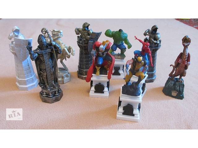 продам  игрушки набор статуэток героев бу в Фастове