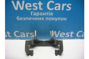 Б/У Скоба суппорта передняя A4 1997 - 2004 . Вперед за покупками!