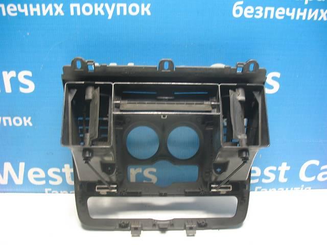 продам Б/У Дефлектор центральной консоли Vito 2003 - 2013 A6396800007. Вперед за покупками! бу  в Украине