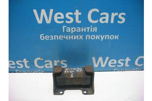 Б/У Подушка заднього редуктора Grand Vitara 2005 - 2012 2747566J01. Вперед за покупками!
