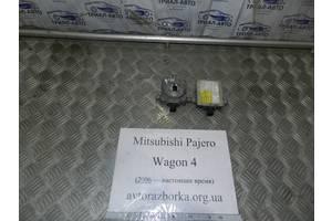 б/у Блоки ксенона Mitsubishi Pajero Wagon