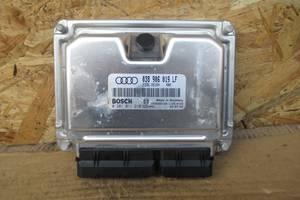 б/в Блоки керування двигуном Audi A4