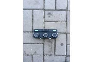 б/у Блоки управления печкой/климатконтролем Volkswagen Golf V