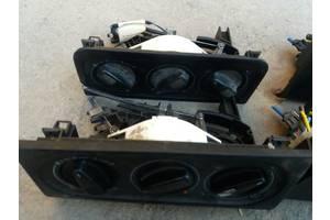 б/у Блоки управления печкой/климатконтролем Volkswagen Passat B3