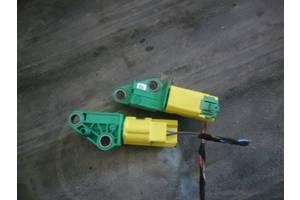 б/у Датчики удара Skoda Octavia A5