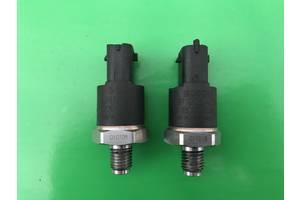 б/у Датчики давления топлива в рейке Fiat Multipla