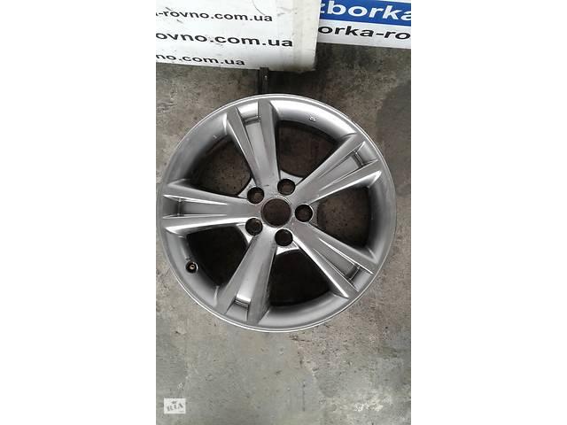 купить бу Б/у диск колесный Lexus R18 5x114.3 легкосплавный титановый в Ровно