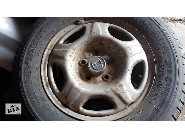 купить бу Б/у диск з шиною для Honda CR-V 205\70\15 в Львове