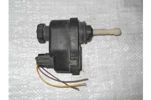 б/у Электрокорректоры фар Opel Vectra A