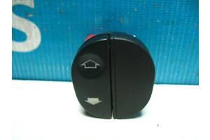 Б/У  Кнопка стеклоподъемника двери Fusion 96F614529AB. Вперед за покупками!
