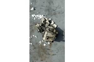 б/у Корпуса масляного фильтра Volkswagen Passat B5