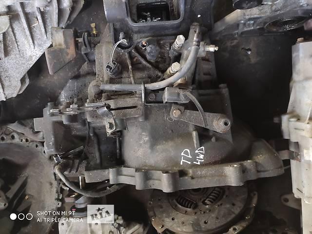 купить бу Б/в кПП для Hyundai Tucson 2.0crdi 2006-2011 4WD 5ступ в Сумах