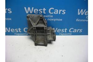 Б/У Кронштейн кондиціонера Passat 1996 - 2000 028260885A. Вперед за покупками!