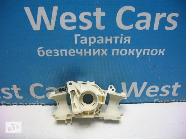 купить бу Б/У 2005 - 2011 Civic Кронштейн підрульового перемикача на хечтбэк. Вперед за покупками! в Луцьку