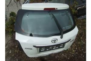 б/у Крышки багажника Toyota Yaris