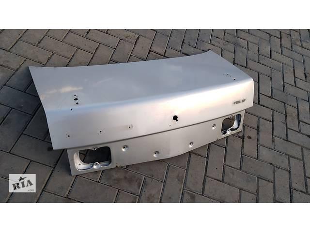 бу Б/у крышка багажника для ВАЗ 2110 в Умани