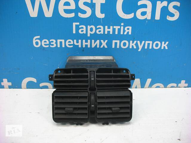 Б/У Накладка торпедо (центральной консоли) Vito 2003 - 2010 . Вперед за покупками!- объявление о продаже   в Украине