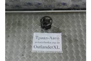 б/у Насосы гидроусилителя руля Mitsubishi Outlander XL