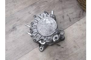 б/в Насоси паливні Volkswagen B6
