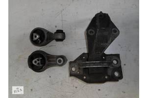 б/у Подушки мотора Renault Kangoo