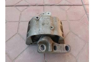 б/у Подушки мотора Skoda Octavia