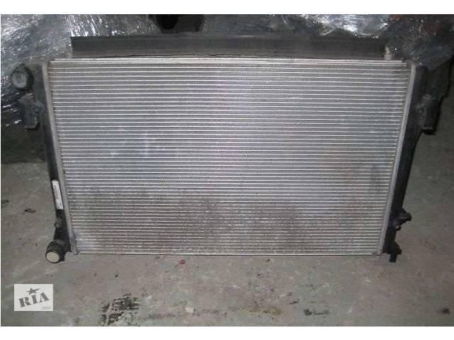 продам Б/у радиатор для Volkswagen Passat B6 бу в Києві