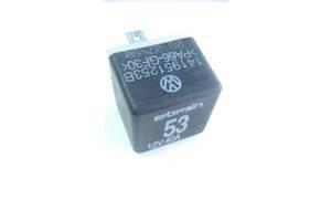 б/у Реле вентилятора радиатора Audi