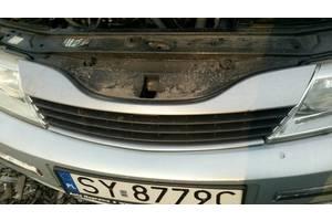 б/в грати радіатора Renault Laguna II