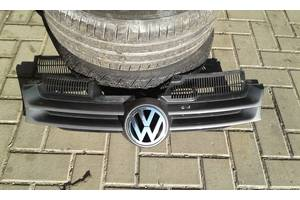 б/у Решётки радиатора Volkswagen Golf V