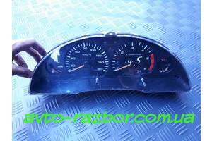 б/у Панели приборов/спидометры/тахографы/топографы Nissan Vanette груз.