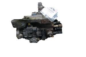 б/у Топливные насосы высокого давления/трубки/шестерни Mazda 626