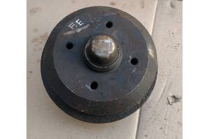 Б/у тормозной барабан для Ford Escort 87-