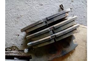 б/у Тормозные колодки комплекты Mitsubishi Galant