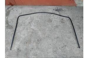 Б/у уплотнитель лобового стекла для Chevrolet Evanda