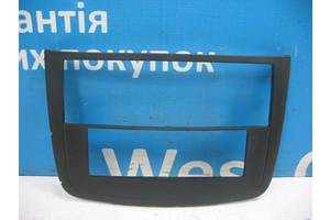 Б/У 2004 - 2014 Vito Накладка торпедо (центральной консоли). Вперед за покупками!