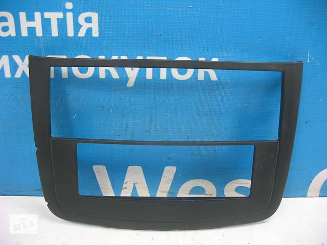 бу Б/У 2004 - 2014 Vito Накладка торпедо (центральной консоли). Вперед за покупками! в Луцке