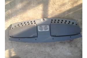 б/в Внутрішні компоненти кузова Fiat Doblo