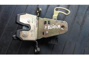 б/у Замки крышки багажника Skoda Felicia