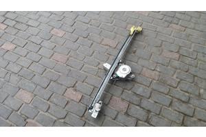 Б/в склопідйомник передній правий для Renault Trafic, Opel Vivaro 2001-2010 7700311821C