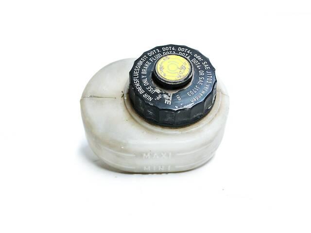 Бачок главного цилиндра сцепления Renault 5010545213- объявление о продаже  в Черновцах