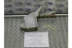 б/у Бачки омывателя Nissan Juke
