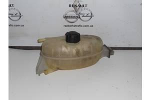 б/в бачки розширювальні Renault Trafic