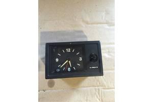 б/у Часы ВАЗ 2110