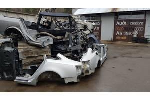 Четверти автомобиля Audi