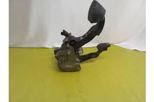 Citroen C3 II 2009-2016 комплект педалей тормоза сцепления 9682171580