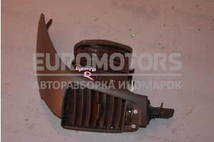 Дефлектор воздушный центральный правый Kia Sorento 2002-2009 974403E500